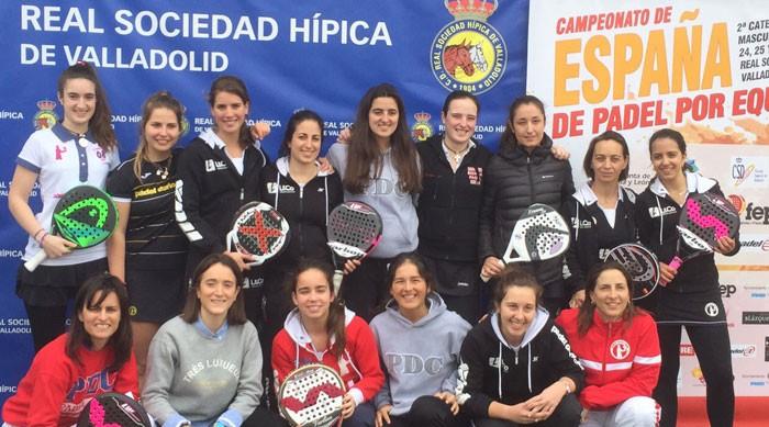 Equipo femenino de Pádel Derio en el campeonato de España por equipos de segunda categoría
