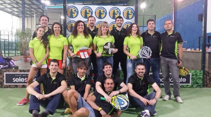 Campeonato americano La Caixa y paella en Pádel Derio